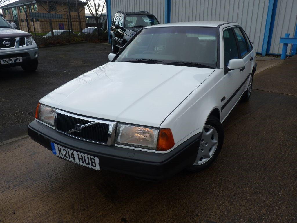 used Volvo 440 XI 93 AUTO + 15 SERVICES + ONE OWNER + 2 KEYS in sheffield