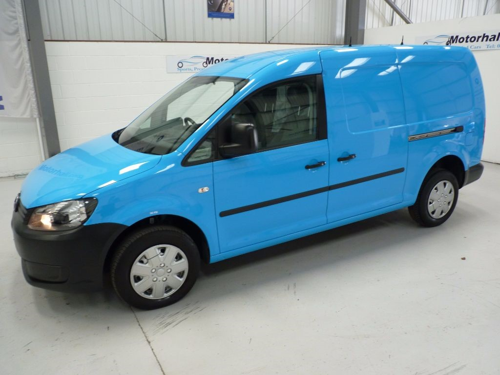 volkswagen caddy maxi in sheffield south yorkshire compucars. Black Bedroom Furniture Sets. Home Design Ideas