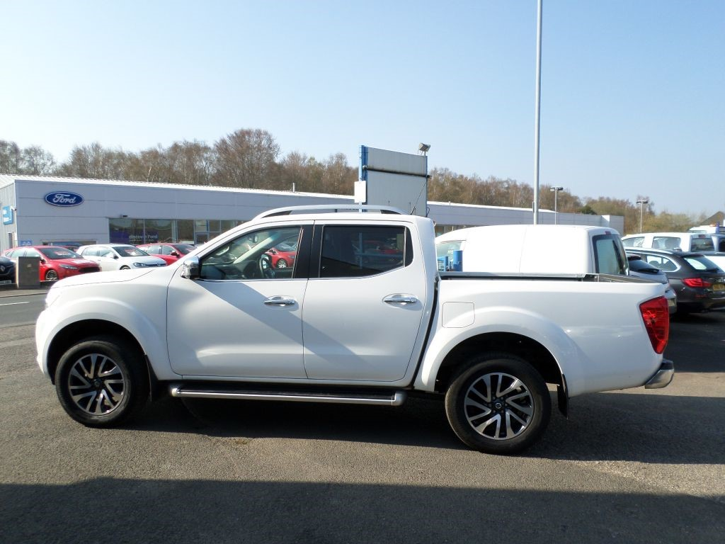 used white nissan navara for sale dumfries and galloway. Black Bedroom Furniture Sets. Home Design Ideas