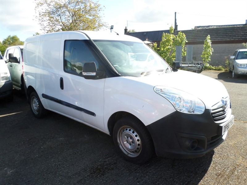used Vauxhall Combo 2000 L1H1 CDTI in dumfries-and-galloway