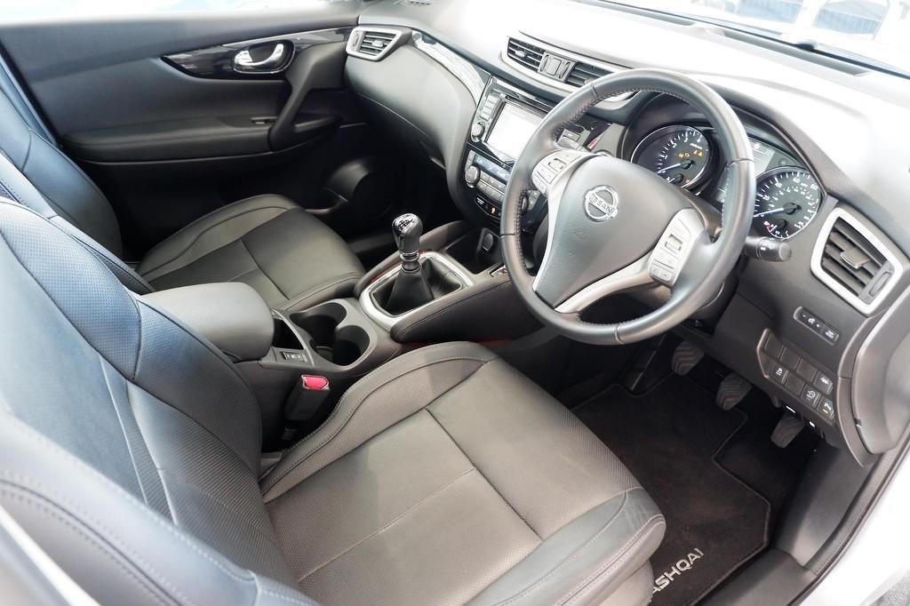 Nissan Qashqai   Stratus Cars   Hampshire