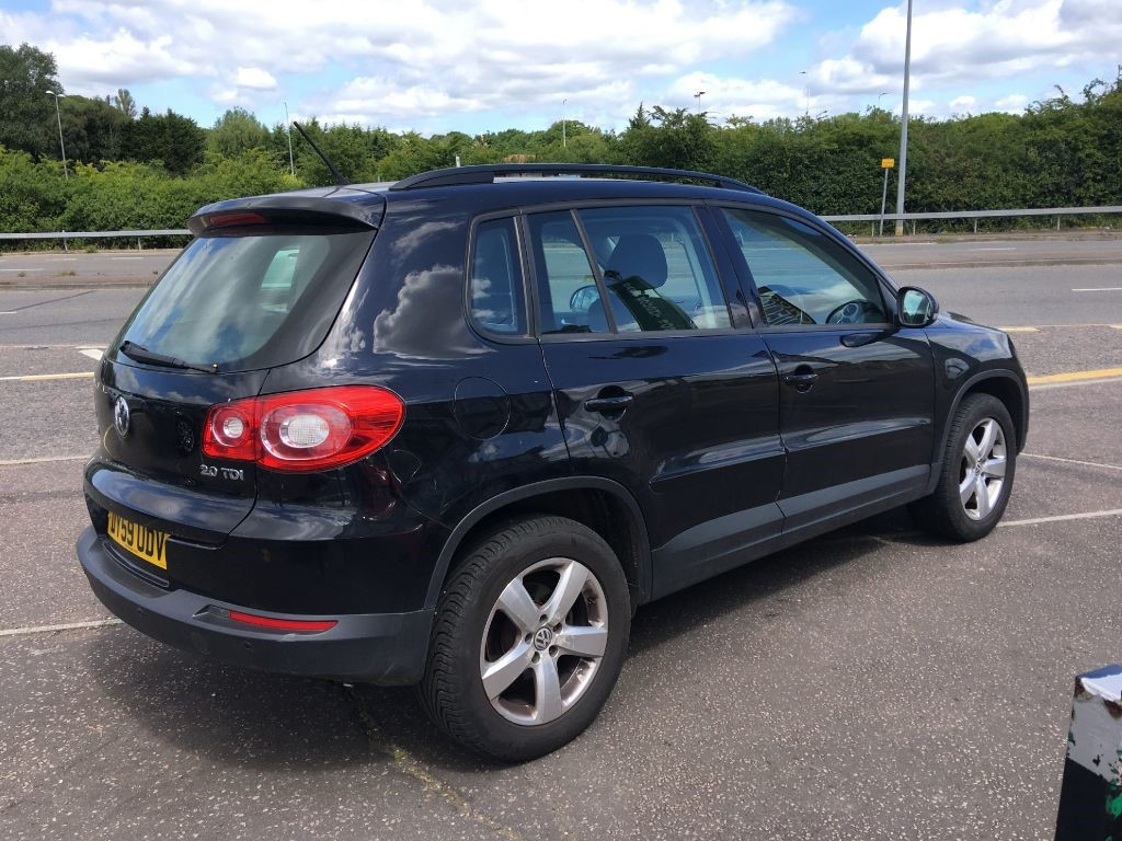 used black vw tiguan for sale essex. Black Bedroom Furniture Sets. Home Design Ideas