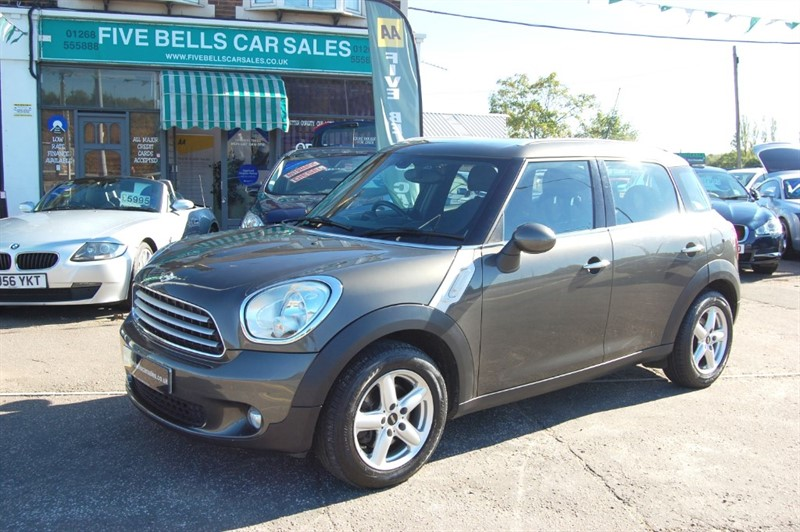 used MINI Countryman COOPER D in stanford-le-hope-essex