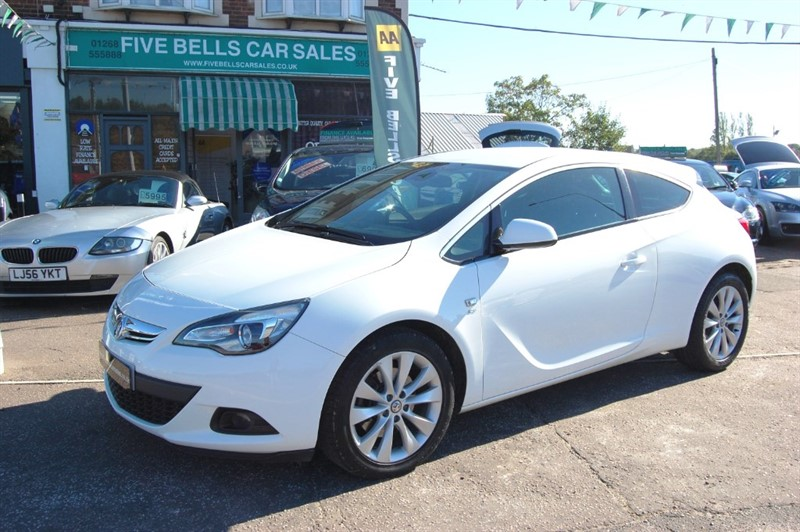 used Vauxhall Astra GTC SRI CDTI S/S in stanford-le-hope-essex
