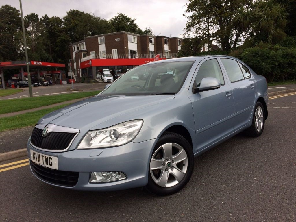 skoda octavia1 4 tsi elegance dsg for sale epsom downs surrey belmont garage. Black Bedroom Furniture Sets. Home Design Ideas