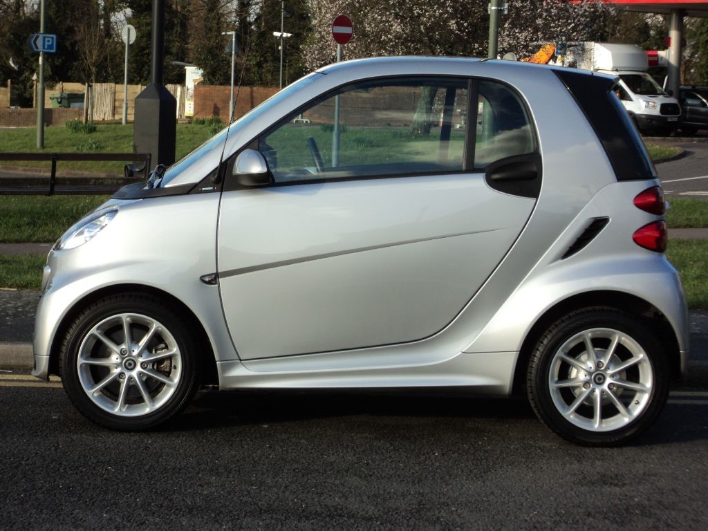 smart car fortwo coupepassion mhd auto full smart service history for sale epsom downs. Black Bedroom Furniture Sets. Home Design Ideas