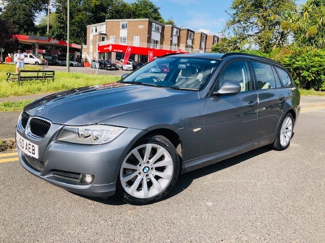 used BMW 320i SE BUSINESS EDITION TOURING in epsom-surrey