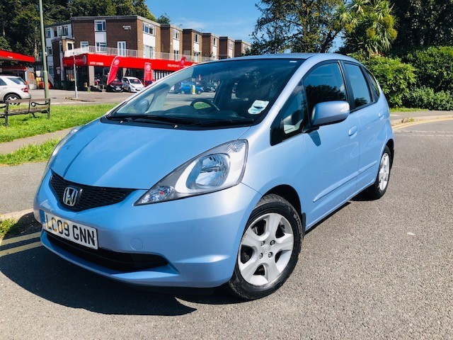 used Honda Jazz I-VTEC ES in epsom-surrey