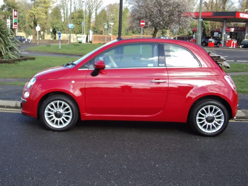 fiat 500c lounge cabriolet for sale epsom downs surrey belmont garage. Black Bedroom Furniture Sets. Home Design Ideas