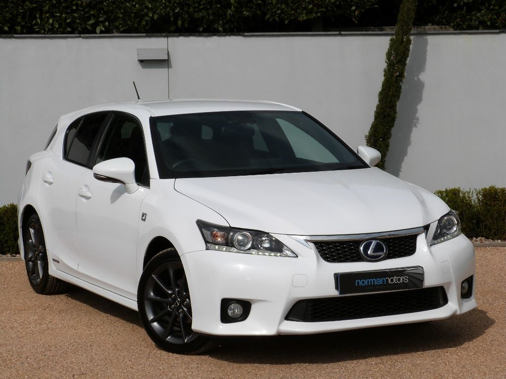 used arctic white lexus ct 200h for sale dorset. Black Bedroom Furniture Sets. Home Design Ideas