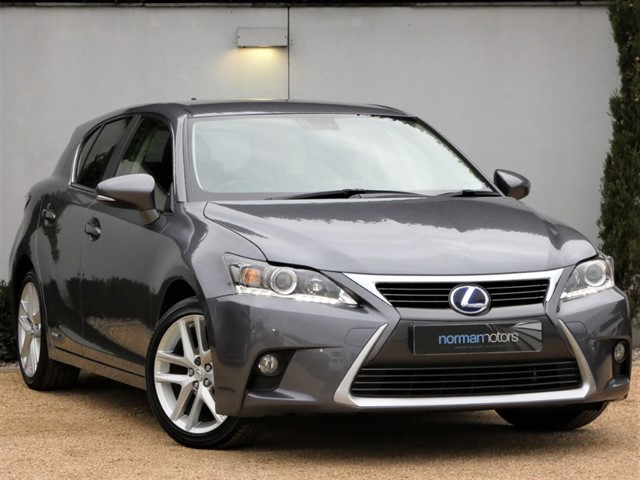 used Lexus CT 200h ADVANCE