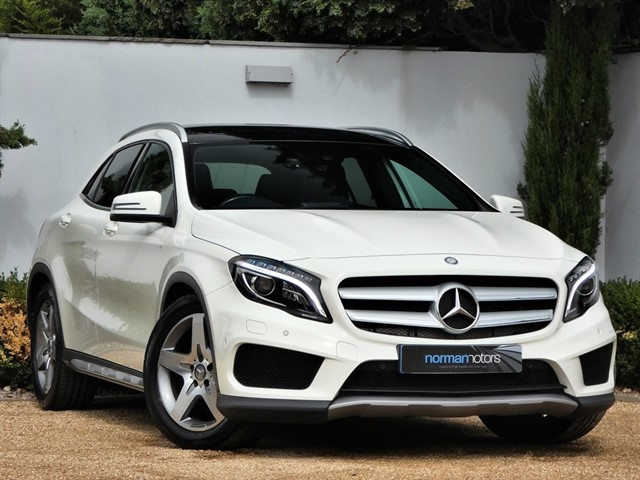 used Mercedes GLA220 CDI 4MATIC AMG LINE PREMIUM PLUS