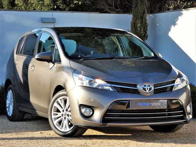 used Toyota Verso D-4D DESIGN
