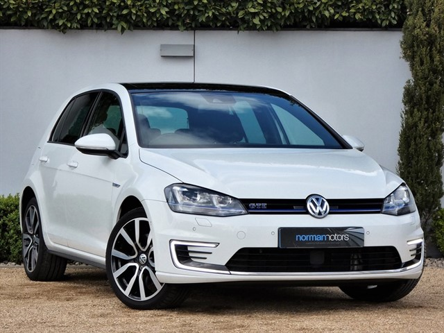 used VW Golf GTE DSG