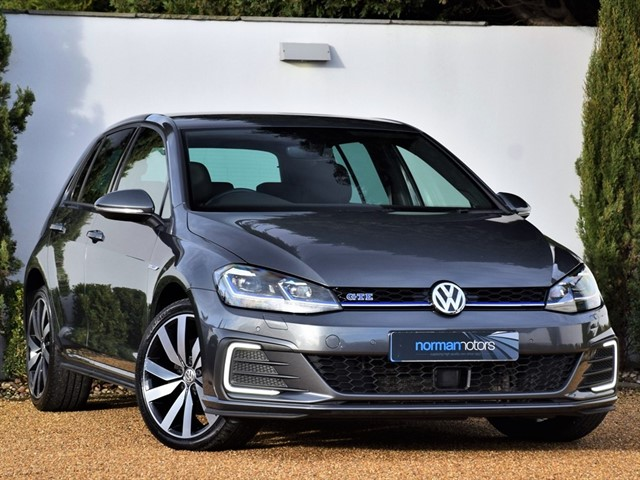 used VW Golf GTE ADVANCE DSG