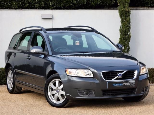 used Volvo V50 D SE