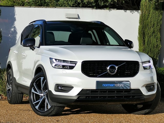 used Volvo XC40 T5 FIRST EDITION AWD