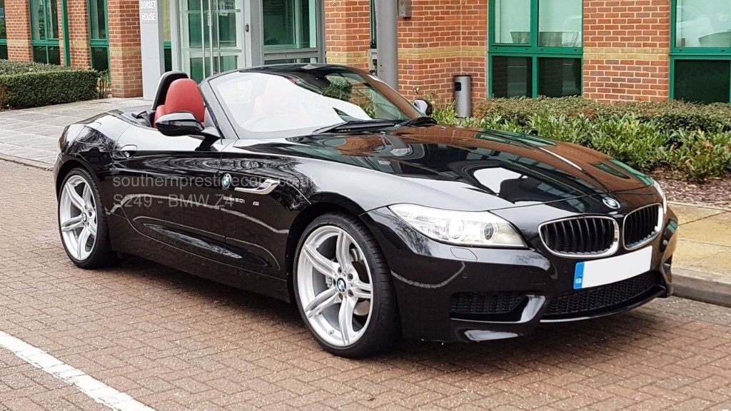 used BMW Z4 20i M Sport sDrive (s/s) 2dr in surrey