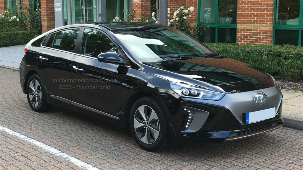 used Hyundai Ioniq 28kWh Premium Auto 5dr in surrey