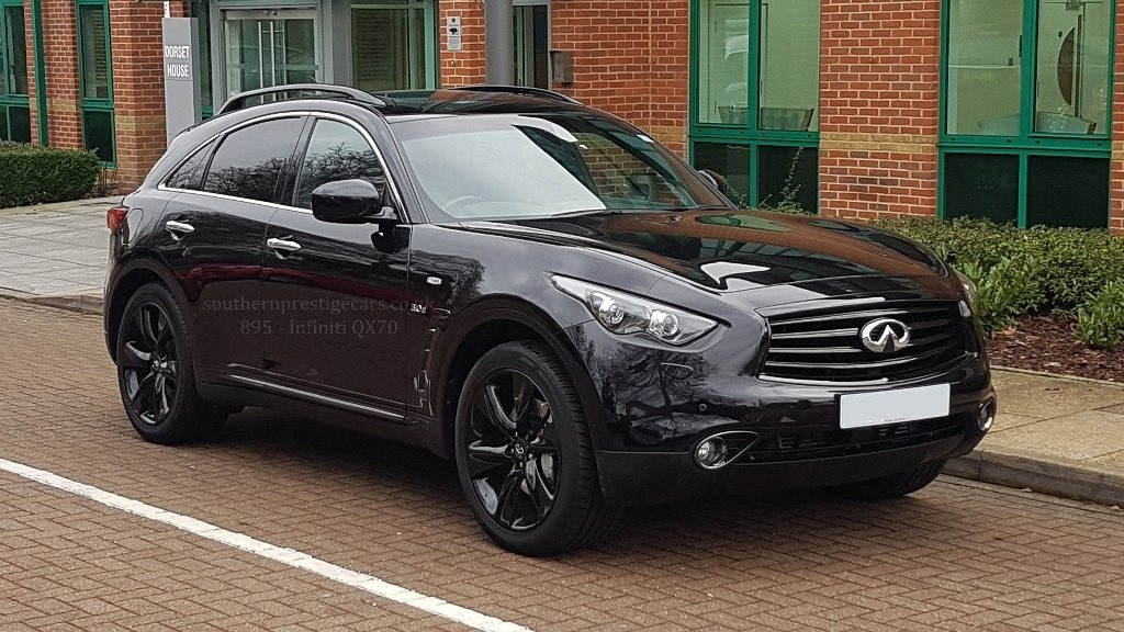 used Infiniti QX70 TD S AWD 5dr in surrey