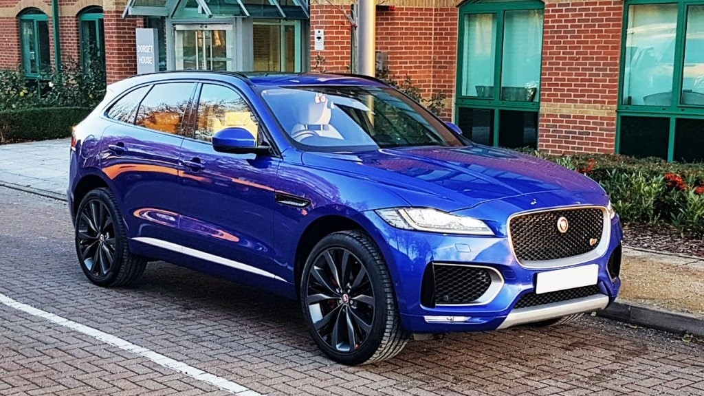 used Jaguar F-Pace TD V6 First Edition (AWD) 5dr in surrey
