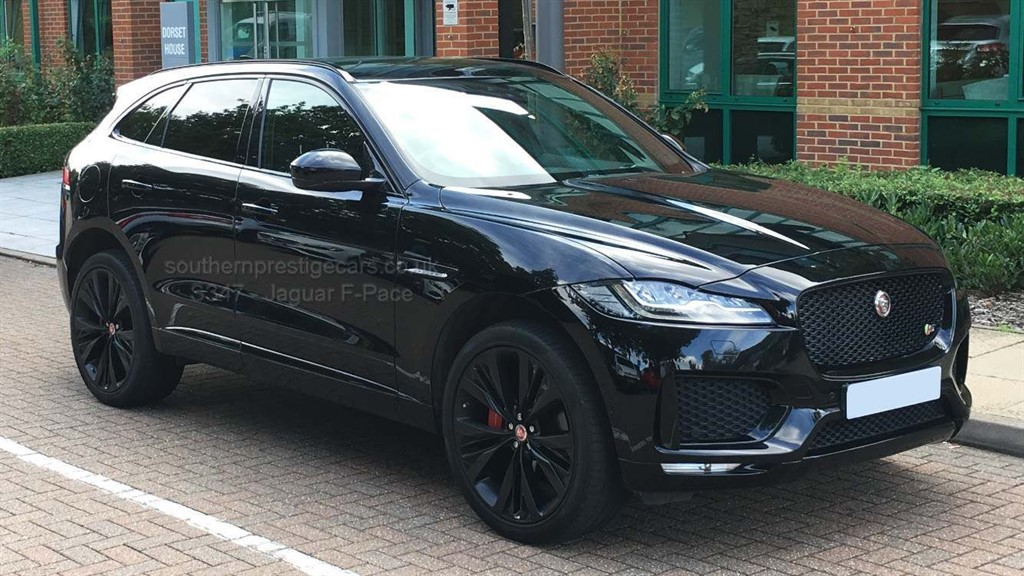 used Jaguar F-Pace V6 S Auto AWD (s/s) 5dr in surrey