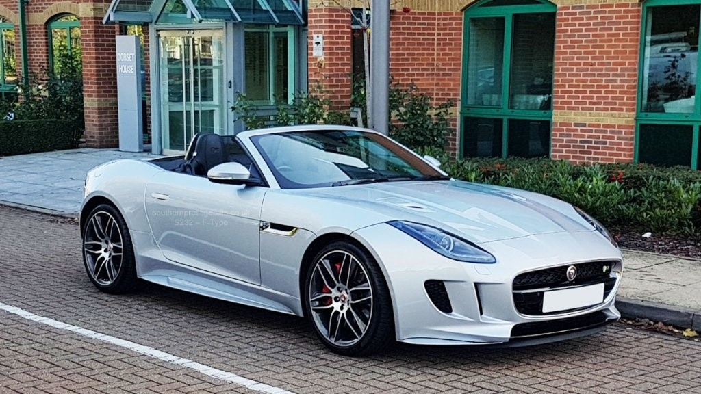 used Jaguar F-Type V8 R Quickshift (AWD) 2dr in surrey