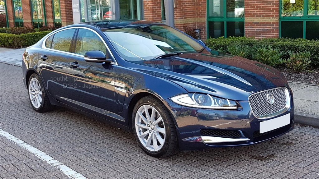 used Jaguar XF TD V6 Premium Luxury 4dr in surrey