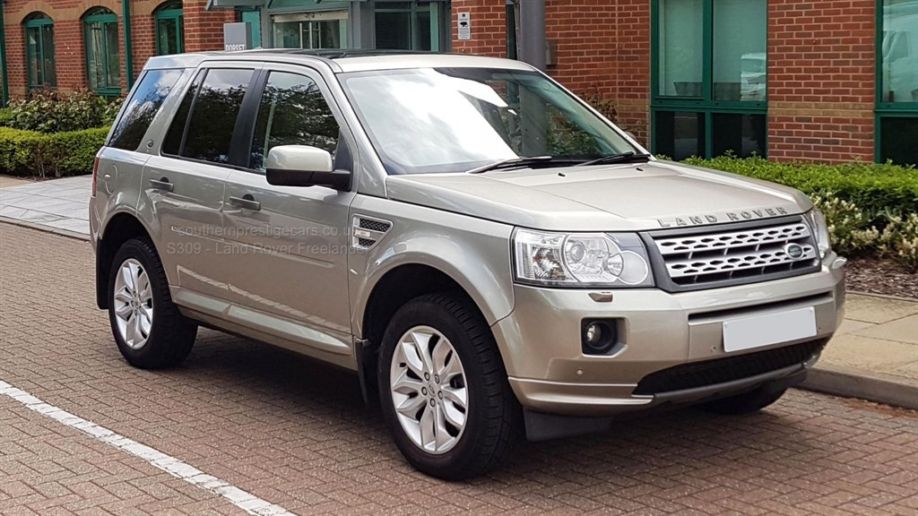 used Land Rover Freelander 2 SD4 HSE 4X4 5dr in surrey