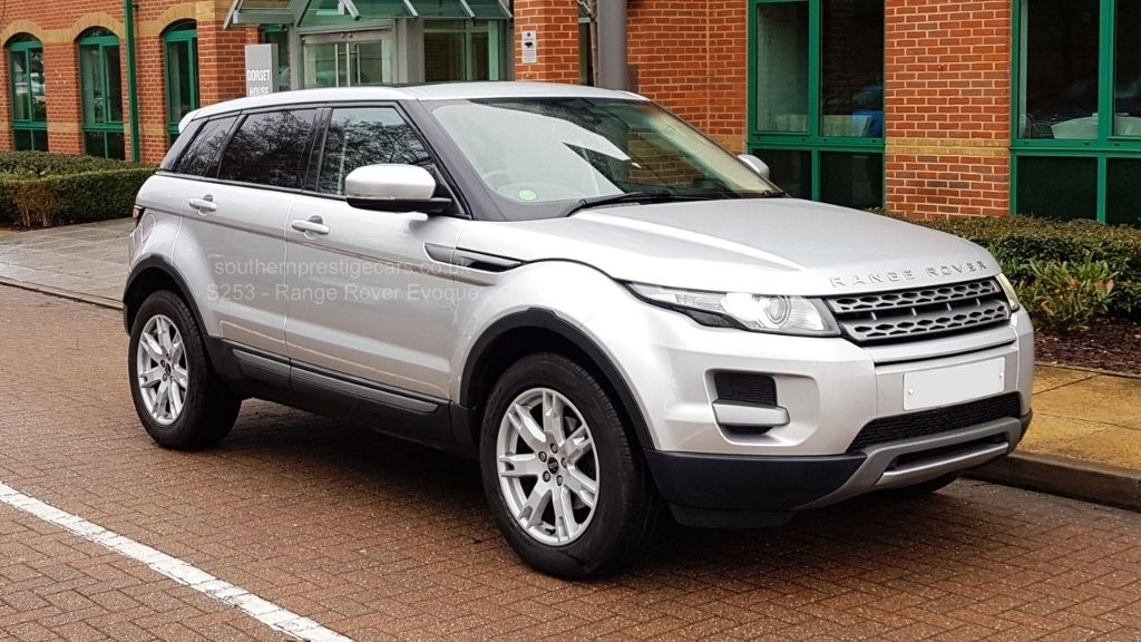 used Land Rover Range Rover Evoque TD4 Pure AWD 5dr in surrey