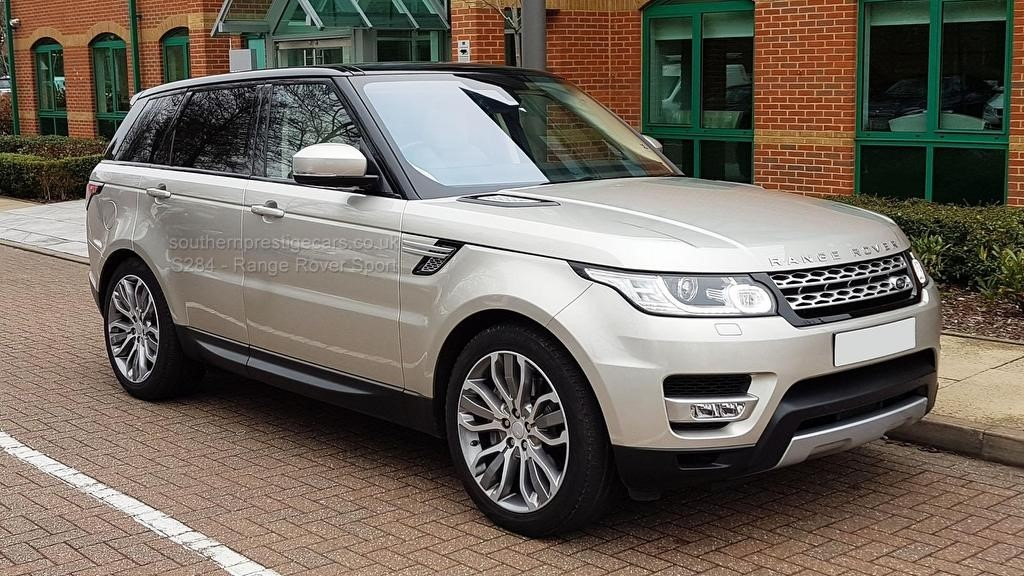 used Land Rover Range Rover Sport SD V6 HSE 4X4 (s/s) 5dr in surrey