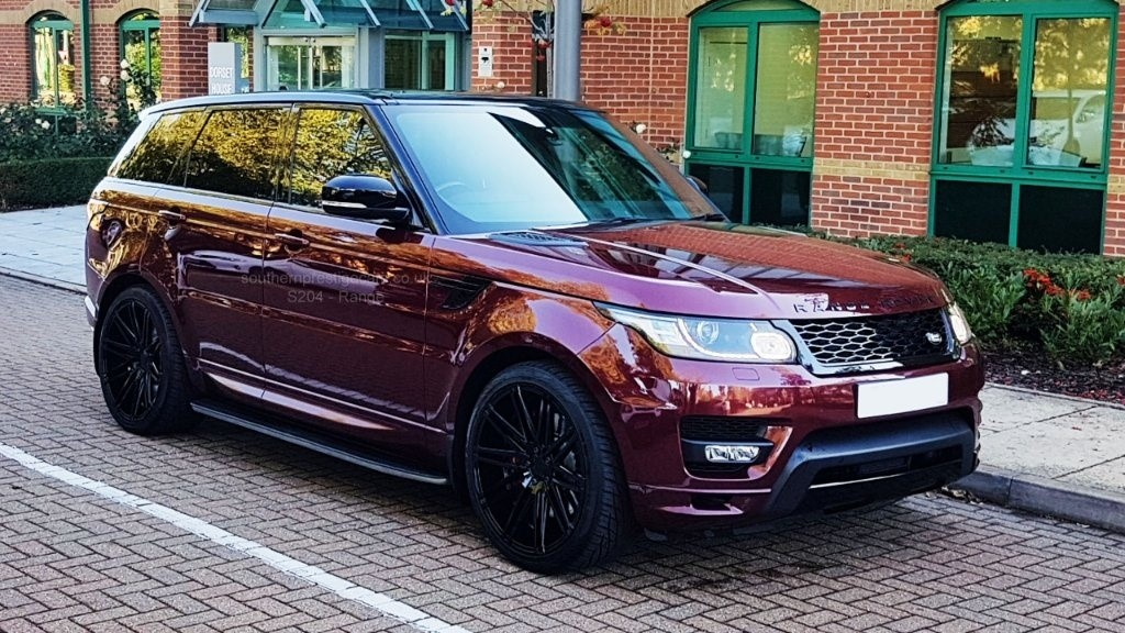used Land Rover Range Rover Sport SD V6 Autobiography Dynamic 4X4 (s/s) 5dr in surrey