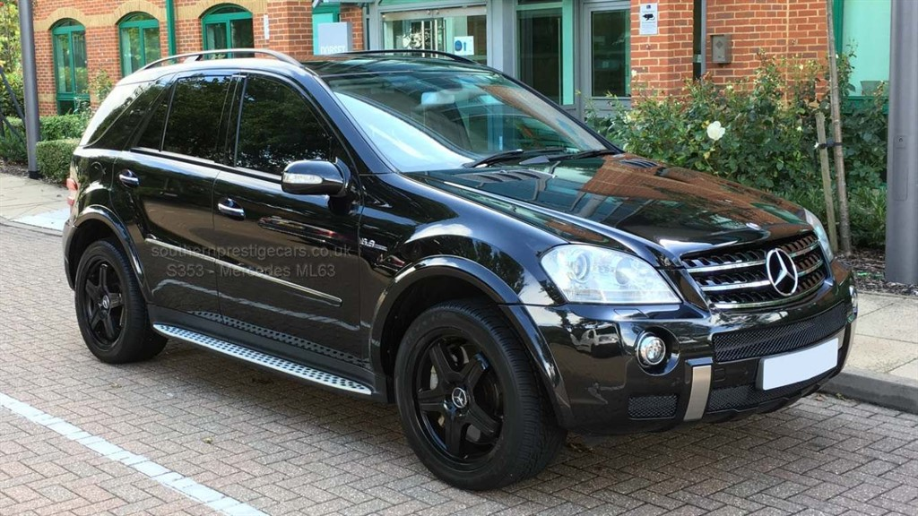 used Mercedes ML63 AMG M Class 6.3 7G-Tronic 5dr in surrey