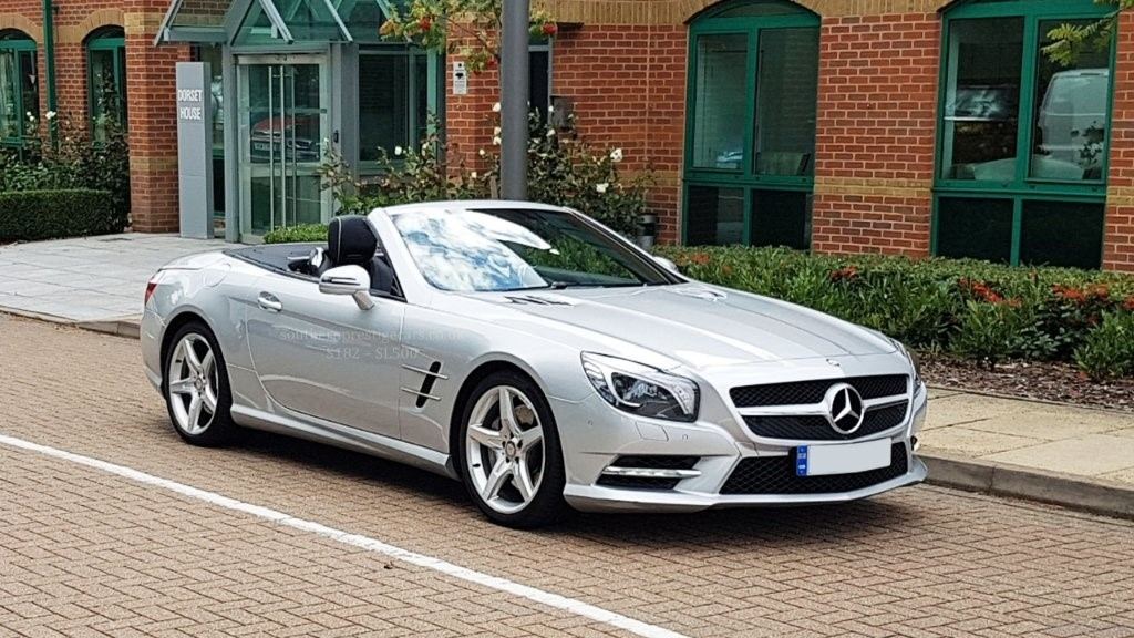 used Mercedes SL Class SL500 AMG Sport 2dr in surrey