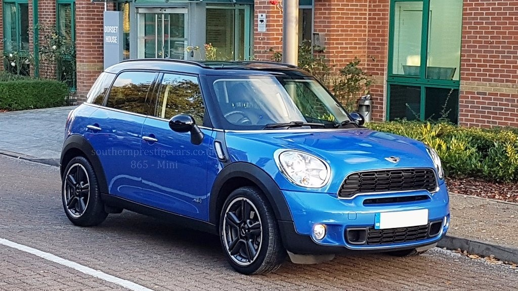 used MINI Countryman Cooper SD ALL4 5dr in surrey