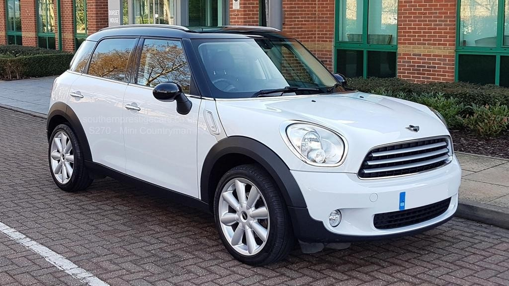 used MINI Countryman Cooper (Pepper) 5dr in surrey