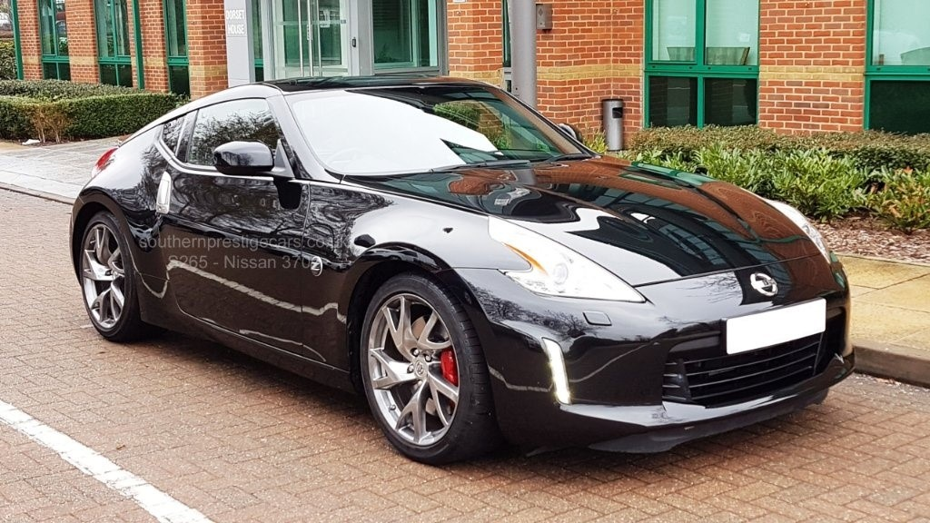 used Nissan 370Z V6 GT 2dr in surrey