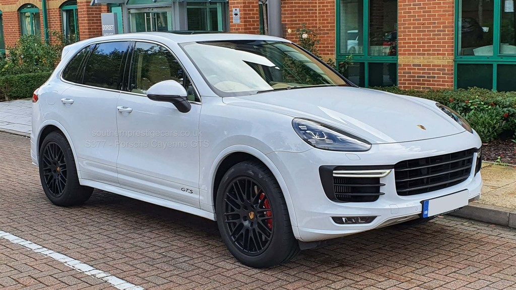 used Porsche Cayenne T GTS Tiptronic 4WD (s/s) 5dr in surrey