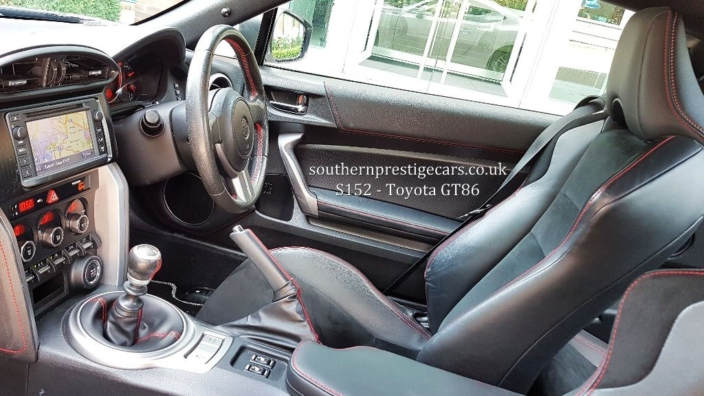 Used White Toyota Gt86 For Sale Surrey