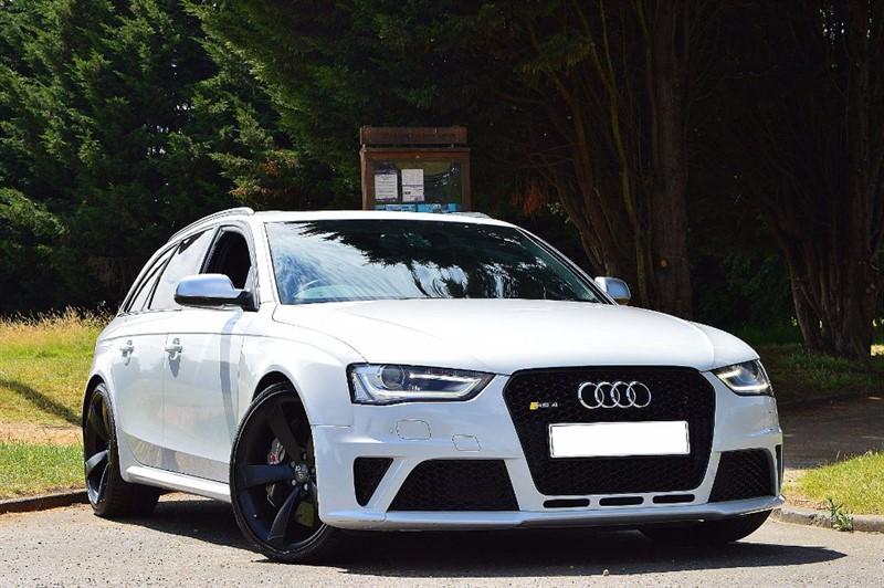 used Audi RS4 Avant RS4 AVANT FSI QUATTRO ** PAN ROOF & B&O HI FI ** in essex