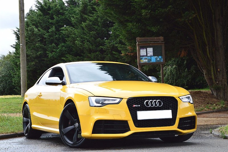 used Audi RS5 RS5 FSI QUATTRO ** SPECIAL ORDER VEGAS YELLOW ** PAN ROOF ** in essex