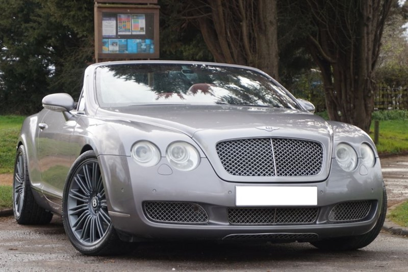 used Bentley Continental GTC ** RED ROOF ** RED QUILTED LEATHER ** in essex