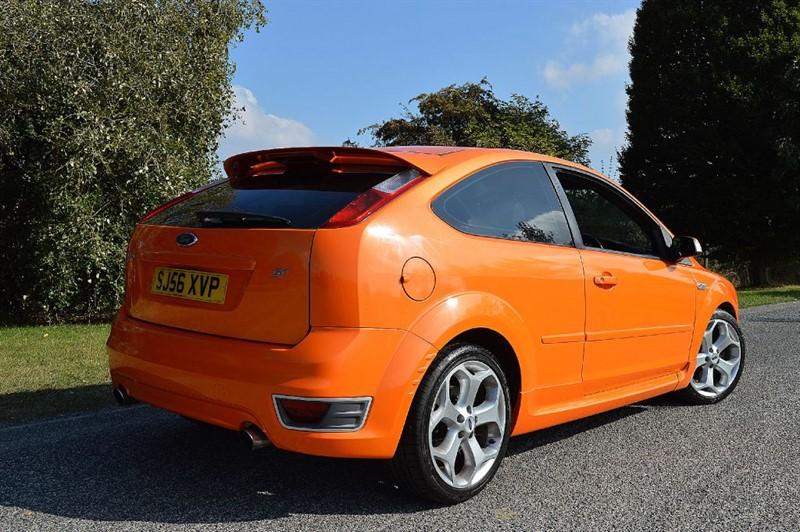 used electric orange ford focus for sale essex. Black Bedroom Furniture Sets. Home Design Ideas