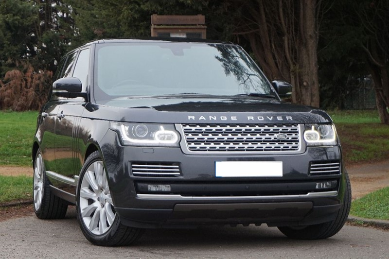 used Land Rover Range Rover SDV8 AUTOBIOGRAPHY ** PAN ROOF ** FULL SPEC ** in essex