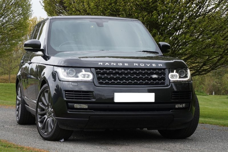 "used Land Rover Range Rover VOGUE SE ** 22""ALLOYS & BLACK PACK ** in essex"