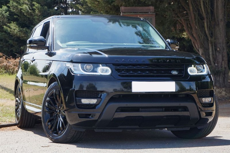used Land Rover Range Rover Sport SDV6 HSE DYNAMIC ** TRIPLE BLACK ** FULLY COLOUR CODED ** in essex