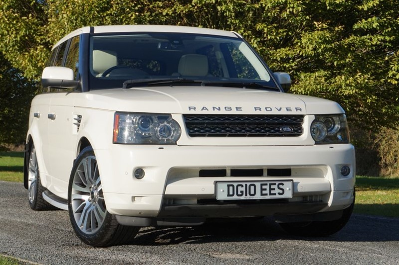used Land Rover Range Rover Sport TDV6 HSE ** REAR ENTERTAINMENT & SUN ROOF ** in essex