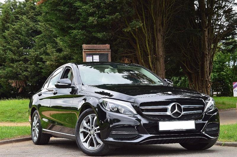 used Mercedes C220 BLUETEC SPORT ** SAT NAV & REVERSE CAMERA ** in essex