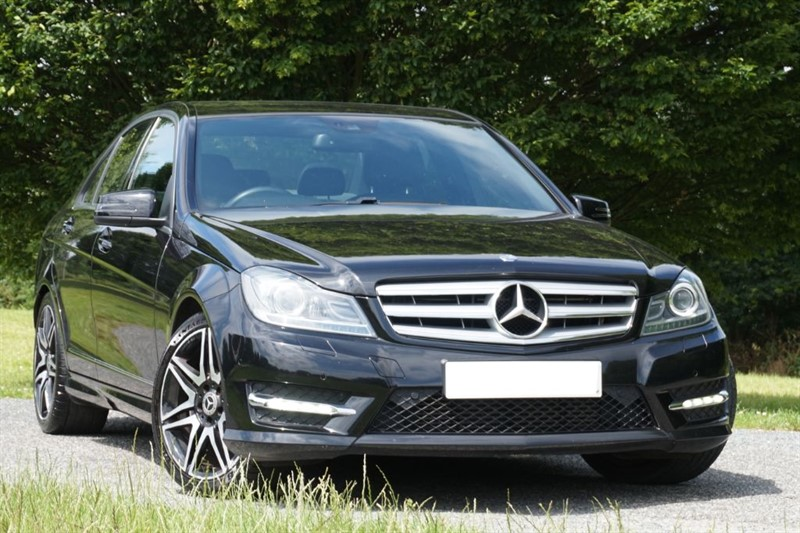 "used Mercedes C220 CDI BLUEEFFICIENCY AMG SPORT PLUS ** 18"" ALLOYS & SAT NAV ** in essex"