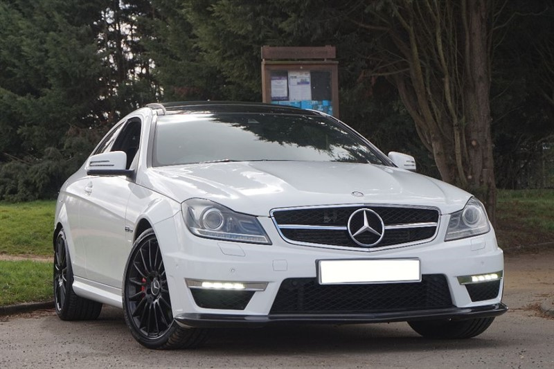 used Mercedes C63 AMG ** FULL DE CAT & AKROPOVIC EXHAUST **  in essex